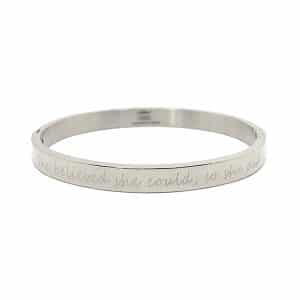 Zilveren armband met tekst She believed she could, so she did