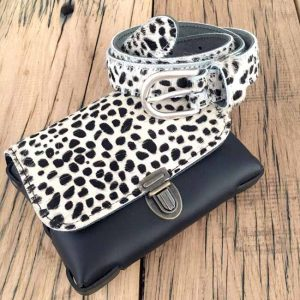 Elvy belt Little Spot met zwart wit fur