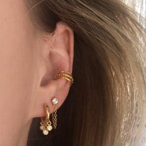 Gouden dotted ear cuff