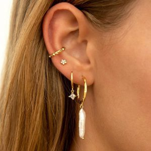 Ale Y Ole Urban Gold ear cuff
